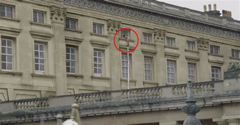 Buckingham Palace  man: Watch shocking clip of