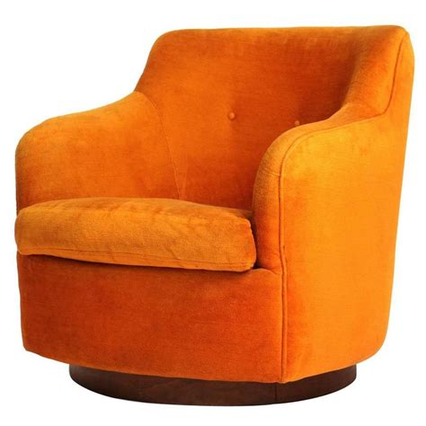 swiveling chair swiveling lounge chair by milo baughman for sale at 1stdibs