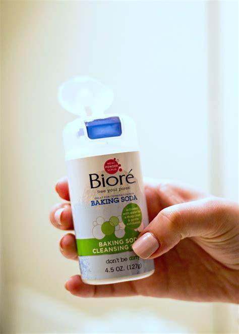 Detox Powder Drink by Exfoliation With Bior 233 Baking Soda Cleansing Scrub