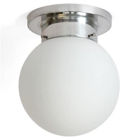 deckenleuchte kugel funktionale kugel deckenle f 252 r bad und diele globo 216