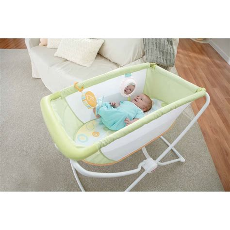 89 fisher price portable crib portable bassinet for