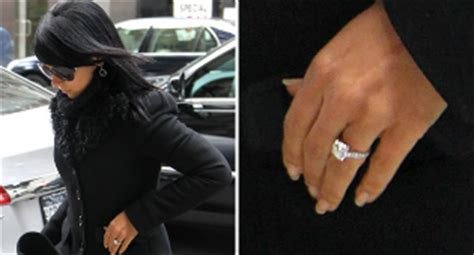 see the engagement ring alec baldwin gave to hilaria