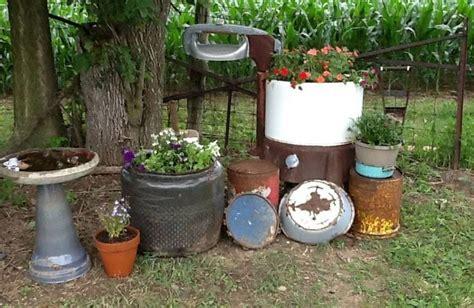 Rustic Yard Decor by Rustic Yard Decor Country Gardens