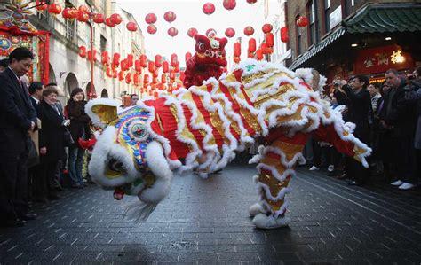 capodanno 2017 a roma ecco capodanno cinese 2017 ecco la sfilata a per l anno