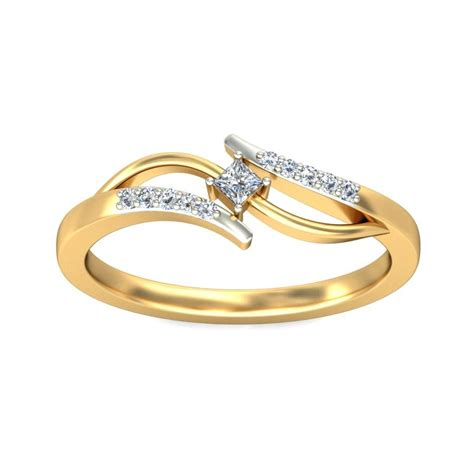 princess and ring in yellow gold