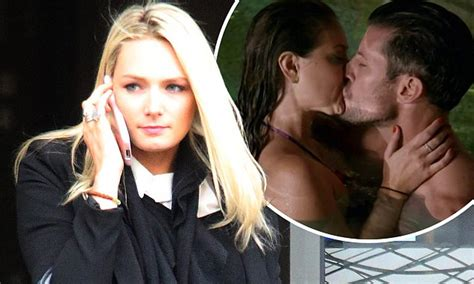 Steamy Sam Talbot Is Glad by Mackay S Glad She Didn T Make Out With The