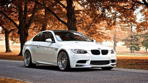 wallpaper free car bmw car wallpapers download free bmw wallpapers most