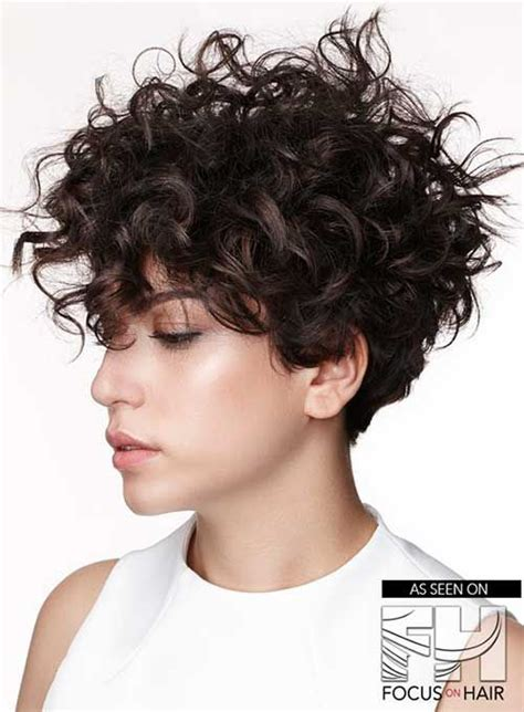 curly short hairstyles  cute ladies curly hair styles