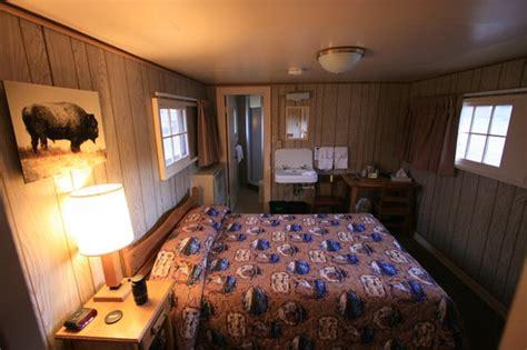 Lake Lodge Western Cabin by Lake Lodge Cabins Yellowstone National Park Wy Lodge