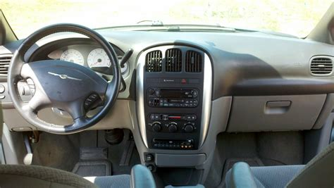 chrysler car interior 2005 chrysler town and country interior colors