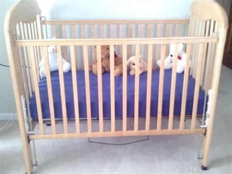 Baby Crib Child Craft Chicago 60046 Lindenhurst 100 Baby Cribs Chicago