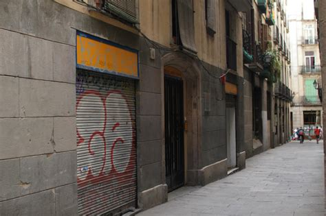 hostels in new york with rooms hostel new york in barcelona spain book hostel and
