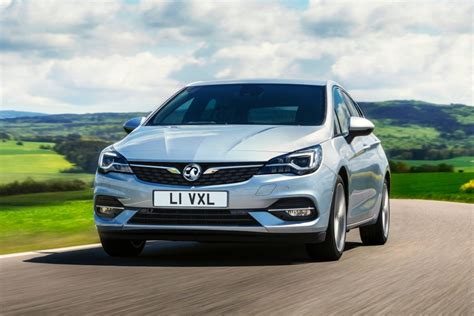 opel astra hatchback 2020 facelifted 2020 opel vauxhall astra breaks cover with