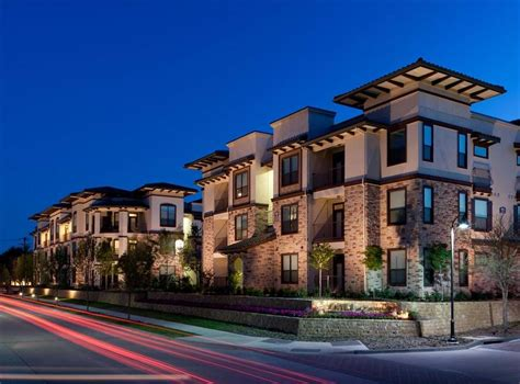 appartments in luxury apartments in irving at amli escena