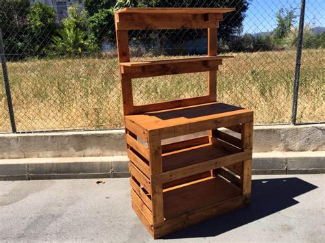 pallet potting bench build a potting bench out of pallets pallet furniture diy