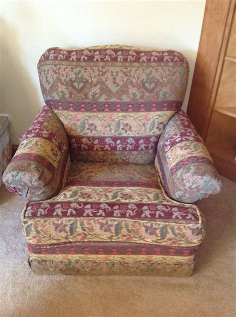 Sitting Chairs For Living Room Living Room Sitting Chair Wisconsin 53151 New Berlin 100 Home And Furnitures Items For