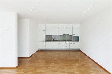 vid駮 de cuisine vide salle de s 233 jour avec cuisine photo 86615616