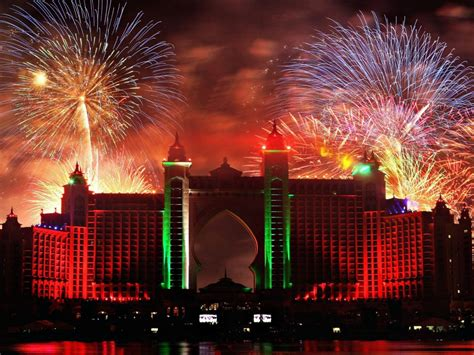 dubai in new year fireworks dubai 2015 new year pictures