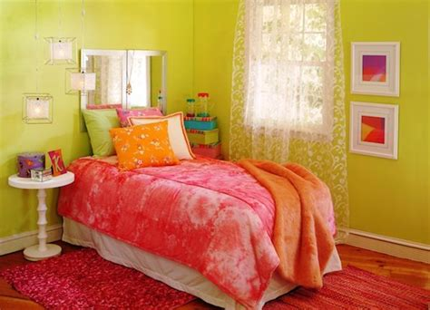 red green bedroom 414 best rooms fabulous hot pink and other colors images