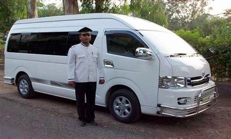 9 seater toyota minivan hire delhi toyota hiace