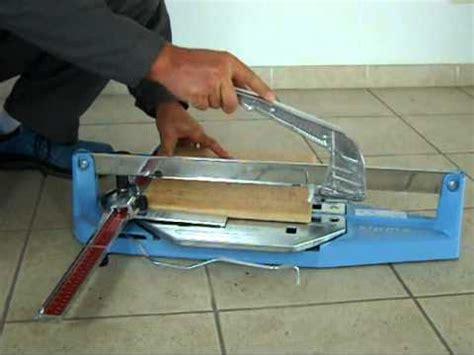 taglio piastrelle gres porcellanato taglio di piastrelle in gres porcellanato cotto d este a