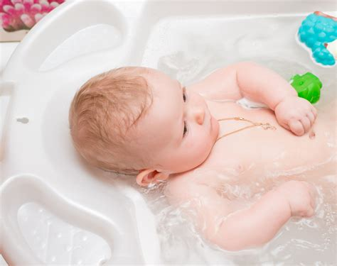 really bad diaper rash warning very graphic pic included 10 home remedies for diaper rash facty health