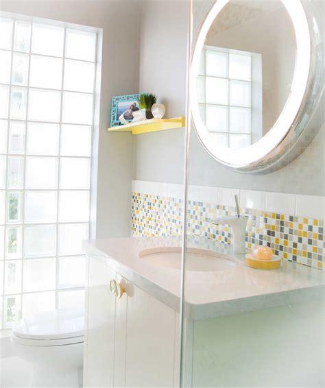 circular illuminated bathroom mirrors bathroom mirrors