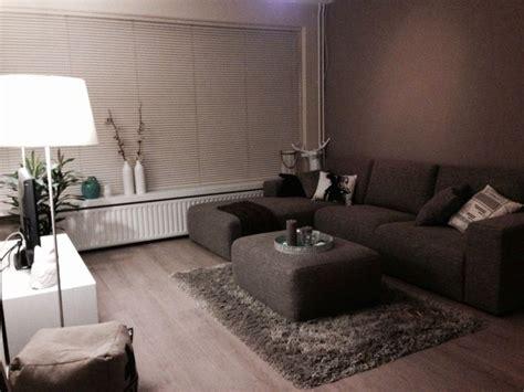 bruin interieur woonkamer 25 beste idee 235 n over bruine bank inrichting op pinterest