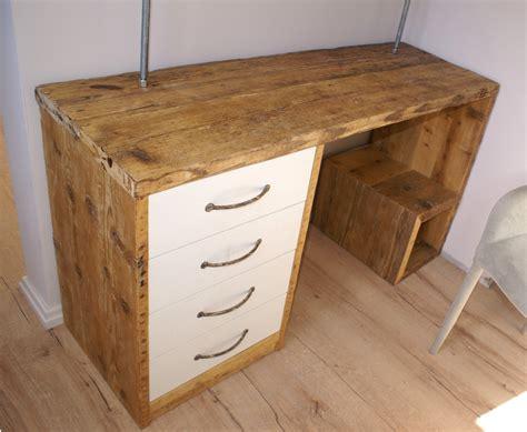 scrivanie in legno grezzo scrivania in legno di recupero with scrivanie in legno grezzo