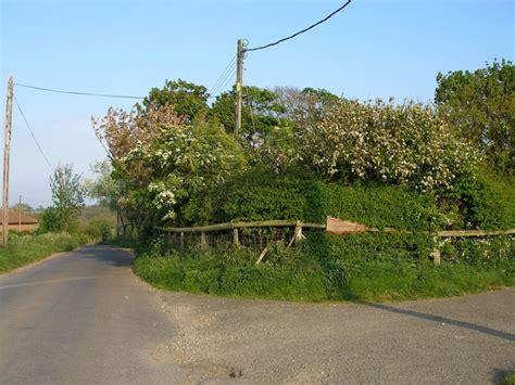cherry tree farm cherry tree farm entrance 169 carol cc by sa 2 0 geograph britain and ireland