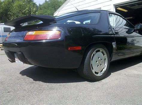1989 porsche 928 dark green rwd used auto 121500 km buy for 22800 price in toronto purchase used 1989 porsche 928 s4 coupe 2 door 5 0l in south easton massachusetts united