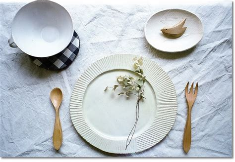 Handmade Paper Plates - snoop modern handmade dinnerware trends for contemporary