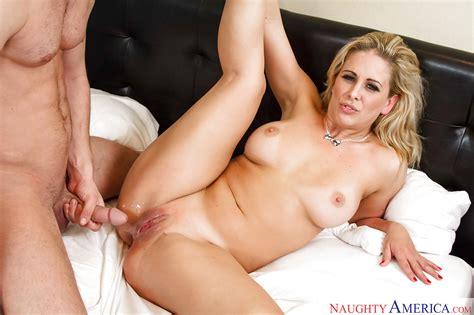 Blonde milf Cherie Deville Receiving Oral sex Before Intercourse