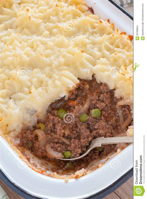 Shepherds Pie Cottage Pie by Shepherds Pie Or Cottage Pie Stock Photo Image 60768954