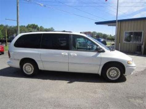1996 Chrysler Town And Country Lxi by Find Used 1996 Chrysler Town Country Lxi In 3270 N