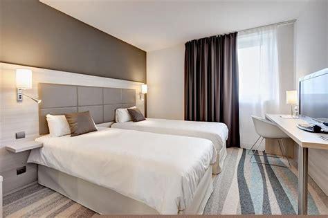 chambre lit chambre 2 lits chambres spacieuses et design avec