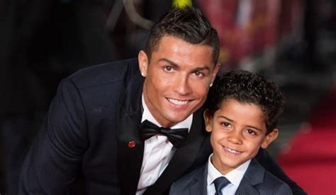cristiano ronaldo parents biography cristiano ronaldo family siblings parents children wife