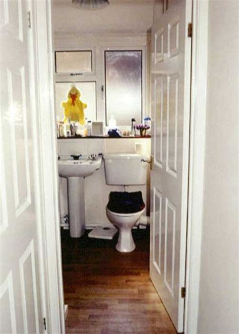 reuters bathroom this is what finally got evil killer ian huntley caught 15