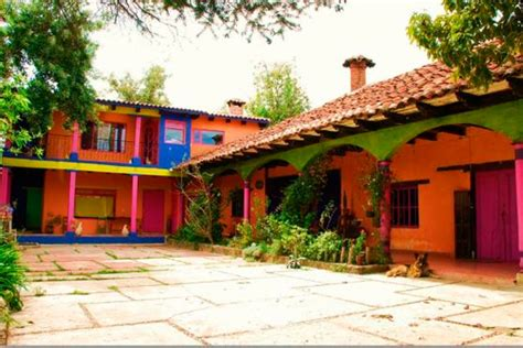 houses in mexico the bright colors mexican homes reflects a warm and lively culture top mexico real