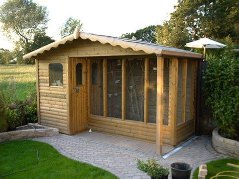 Dog Kennels, Dog Sheds & Wooden birdhouses