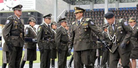 baja de sueldos policias ecuador 2016 denuncian tr 225 fico de inmigrantes secuestros y torturas