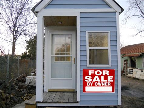 houses for sale or by tiny house sale