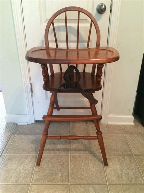 wooden high chair 25 best ideas about painted high chairs on