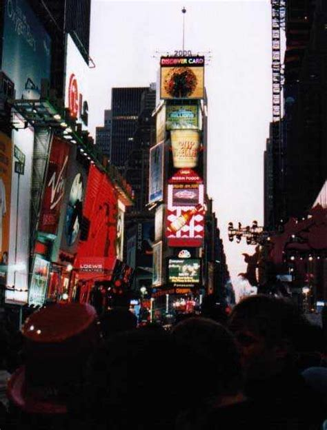 times square new years eve 2000 times square new year s eve 2000 photo galleries