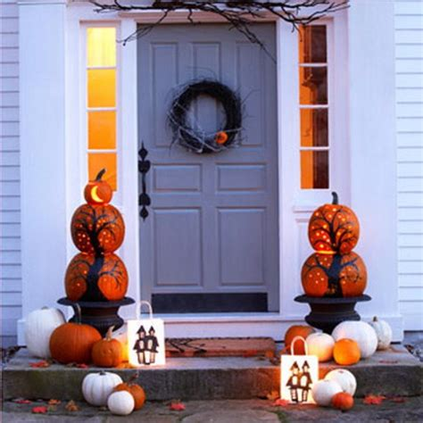 halloween themes for outside 50 cool outdoor halloween decorations 2012 ideas family