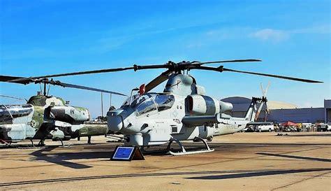 Pisau Terbang gambar pesawat terbang helikopter tempur ah 1z viper