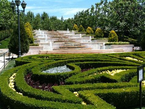 gardens of the world giant chess board picture of the gardens of the world