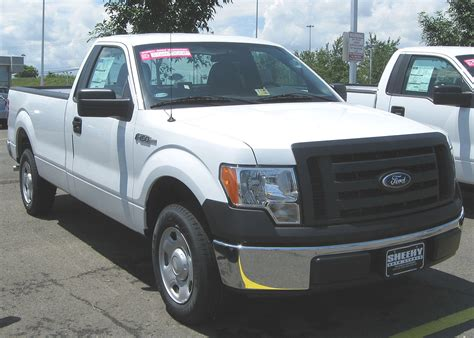 file 2009 ford f 150 xlt regular cab jpg wikimedia commons