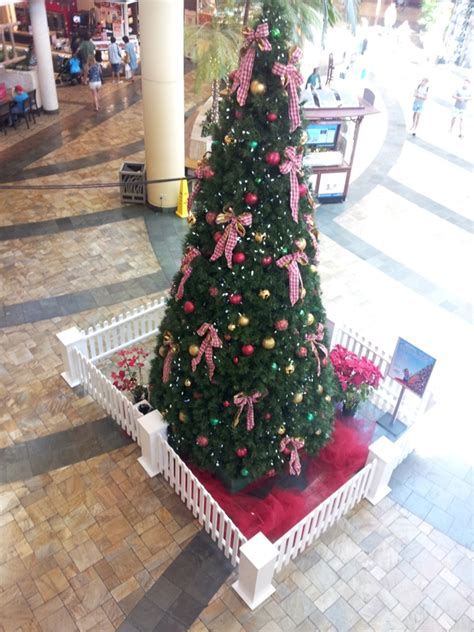 Windward Mall Gift Card - christmas old out in with the new at kaneohe mall