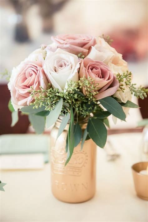 Flower Ideas Gold Wedding by 17 Best Ideas About Pearl Centerpiece On Water